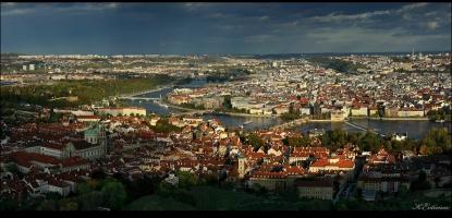 - Прага на длан -