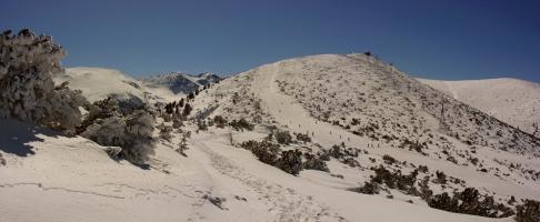 Зимата наметна белия си шал и на пролетта си мястото отстъпи