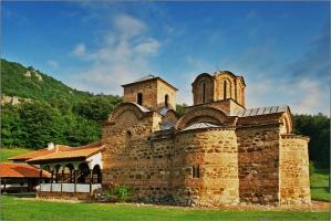 Черквата на Погановския манастир
