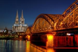 Катедрала и мост