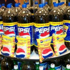Pepsi и боб на промоция