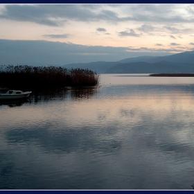 Залез на езерото