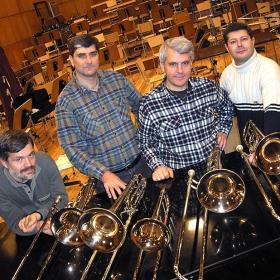 Trombones, trombones!...