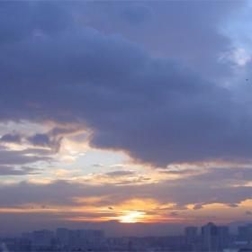 Изгрев над София