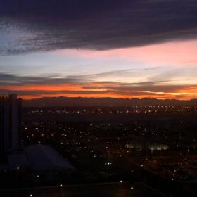 Изгрев над Вегас