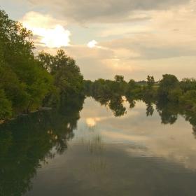 Там край реката III