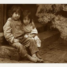 Две сестрици