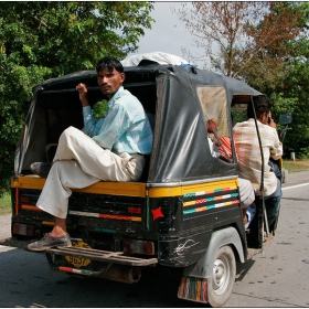 Индия на път 1