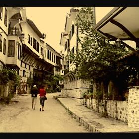 разходка в спомени...с дъх на  старо вино
