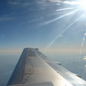 .. fly .....