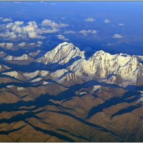 Богда Фенг 5445м