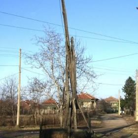 Герана на Ангел Кнез в село Покрайна. Посторен през 1879 година.