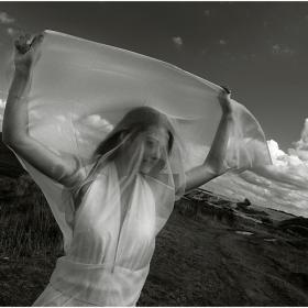 Ветър я вее...  ;)