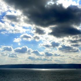 Памуковите облаци над вас застилат плътно одеало...