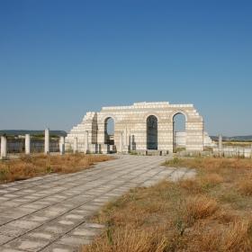 Голямата базилика-Плиска