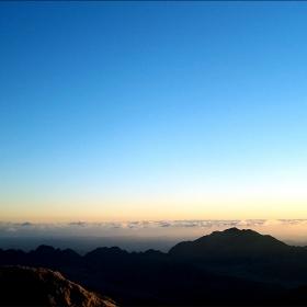 Светлина от Синай