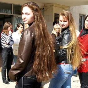 Съревнование за най-дълга коса на Тодоровден в Търговище