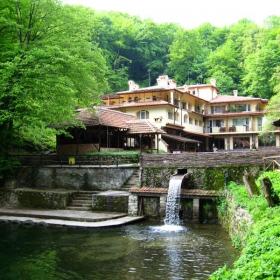 Хотел