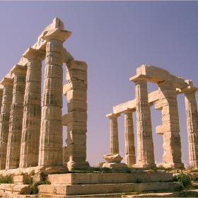 Храмът на Посейдон на нос Сунион