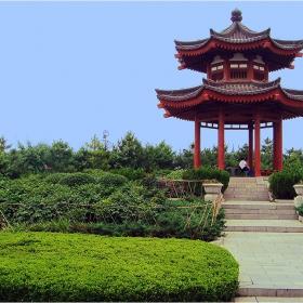 Беседка в парка на Голямата пагода на дивата гъска - Китай, гр. Сиан