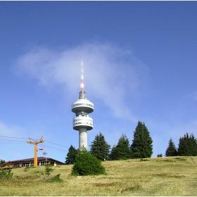 Кулата на връх  Снежанка в Родопите