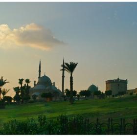 На Кайро полянката