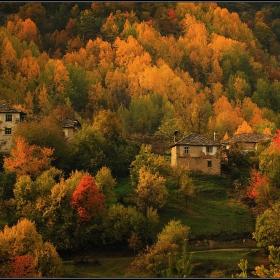 родопски есенни къщи