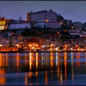 Porto at night 3