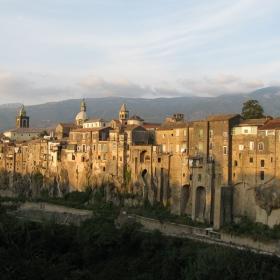 Дългокраки - Санта Агата, Италия