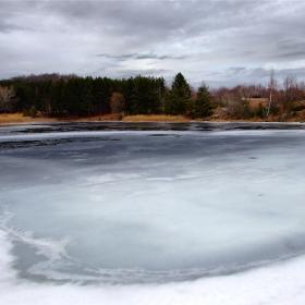 ледено и тихо