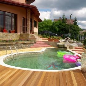 Частен басейн с.Кладница
