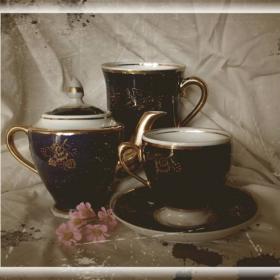 Натюрморт с кафе и цвете