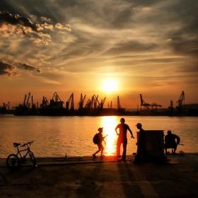 Рибарски Истории