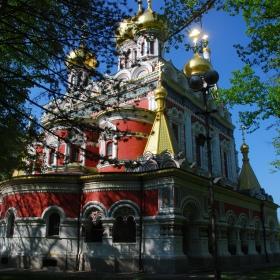 Златната църква на Шипка