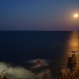 Лунна пътека Созопол