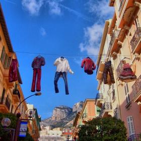 В Монте Карло