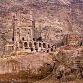 Urn Tomb - една от царските гробници