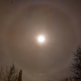 Лунно хало на 29.01.2010