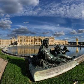Версай ,дворецът