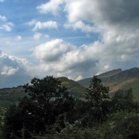 Един поглед в Западна Стара планина през Септември