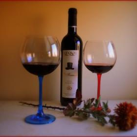 На чаша червено вино