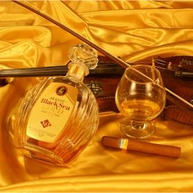 Етюд за 250 годишна цигулка, 33 годишен коняк и хубава пура :)))