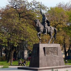 Паметника на цар Калоян във Варна