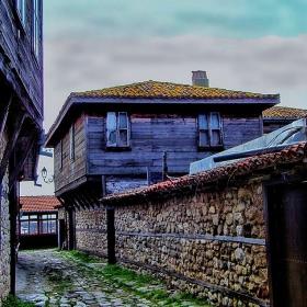 Из уличките на Стария град