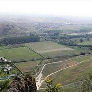 Панорамна снимка на вулканичния рид Кожух и Рупите от западния връх.