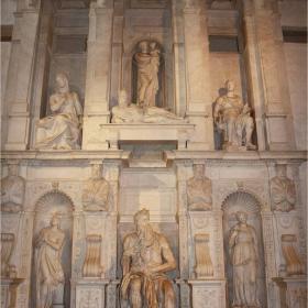 Моисей на Микеланджело