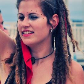 Момиче от фестивал
