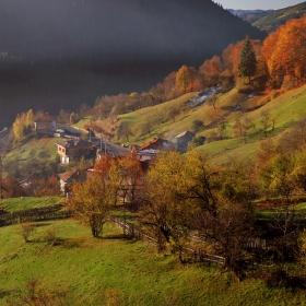 Есен в Момчиловци