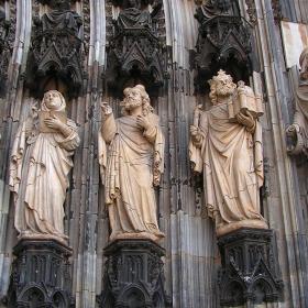 Кьолнска катедрала - Детайл от фасадата