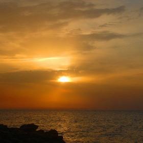 Залез над Средиземно